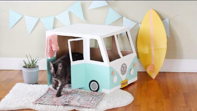 DIY บ้านแมวจากกล่องกระดาษลัง